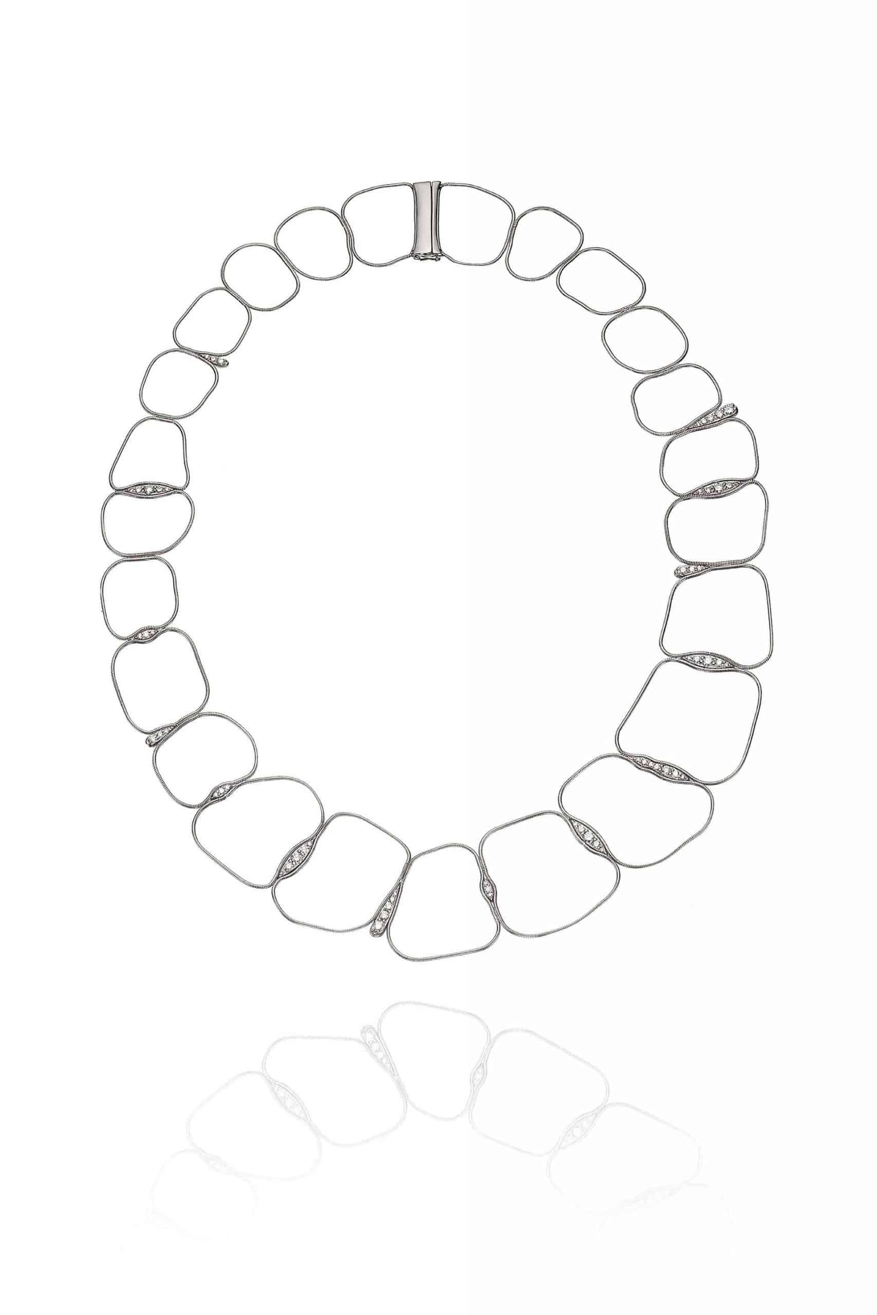 Fluid Diamonds Chain Necklace